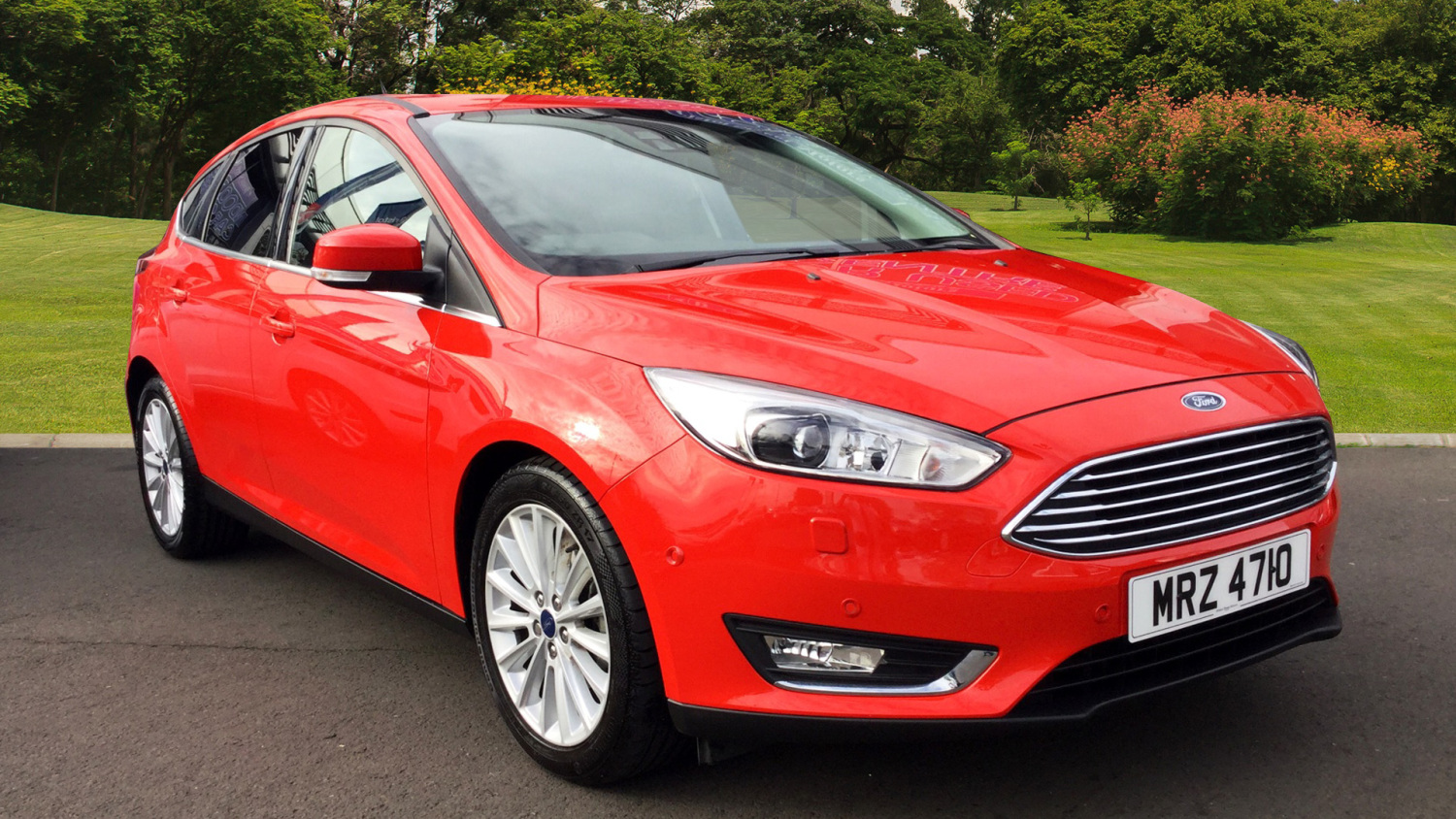 used ford focus 1 0 ecoboost 125 titanium x 5dr auto petrol hatchback for sale bristol street. Black Bedroom Furniture Sets. Home Design Ideas