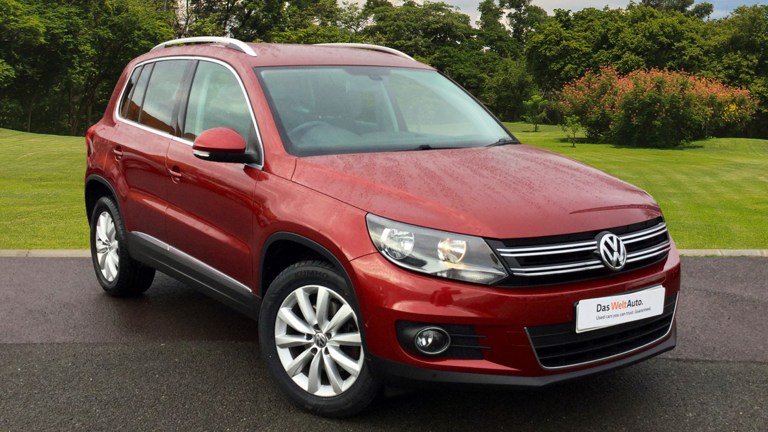 used volkswagen tiguan 2 0 tdi bluemotion tech match 5dr 2wd diesel estate for sale bristol. Black Bedroom Furniture Sets. Home Design Ideas