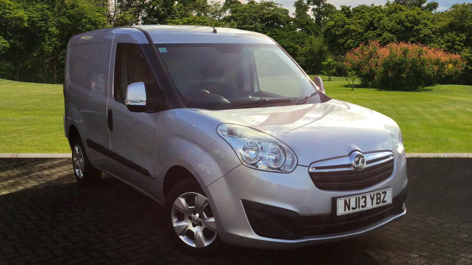 740262a35cfce0 Used Vauxhall Combo L1 Diesel 2000 1.3 CDTI 16V H1 Sportive Van for ...