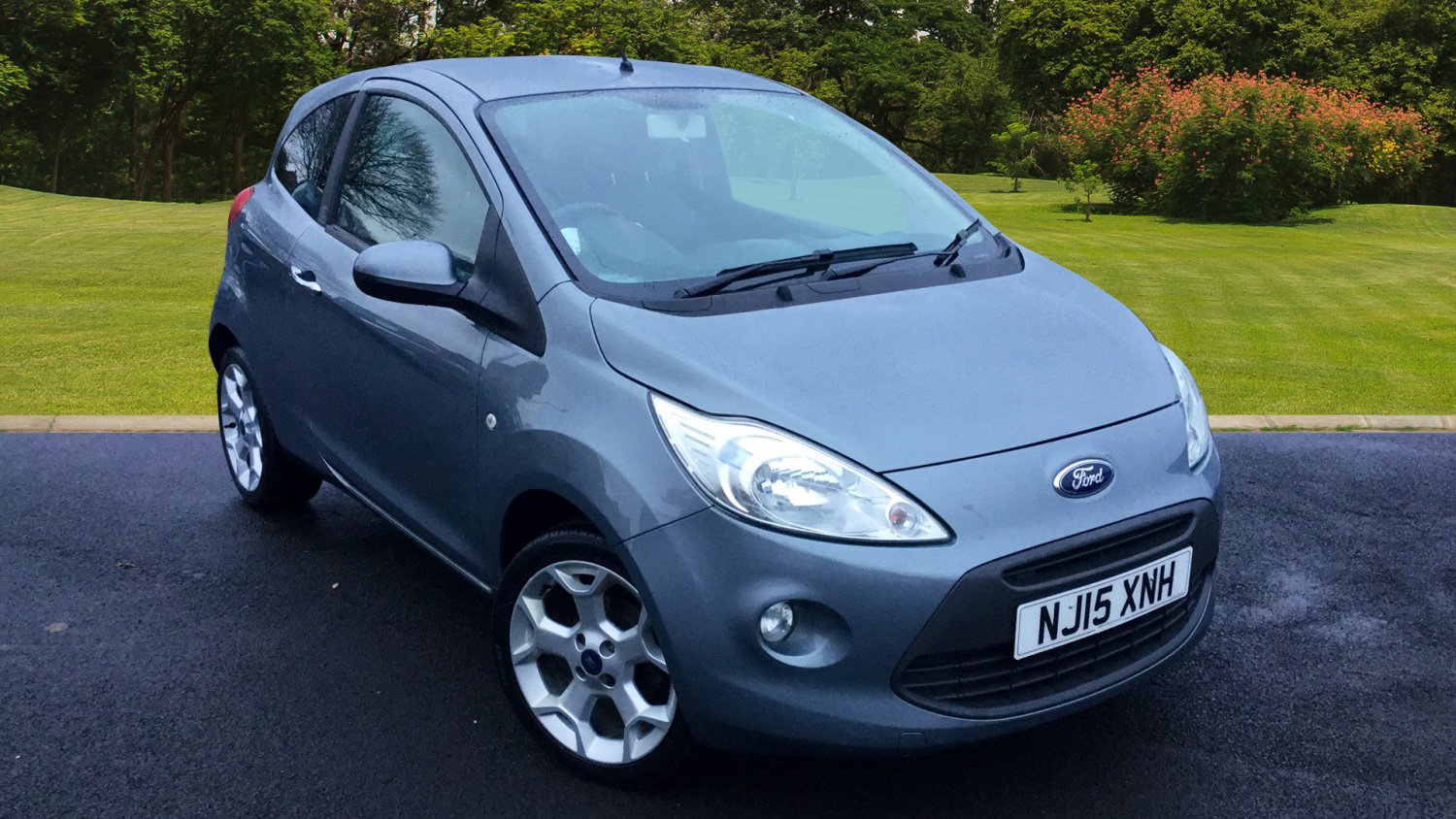 used ford ka 1 2 titanium 3dr start stop petrol hatchback for sale bristol street motors. Black Bedroom Furniture Sets. Home Design Ideas