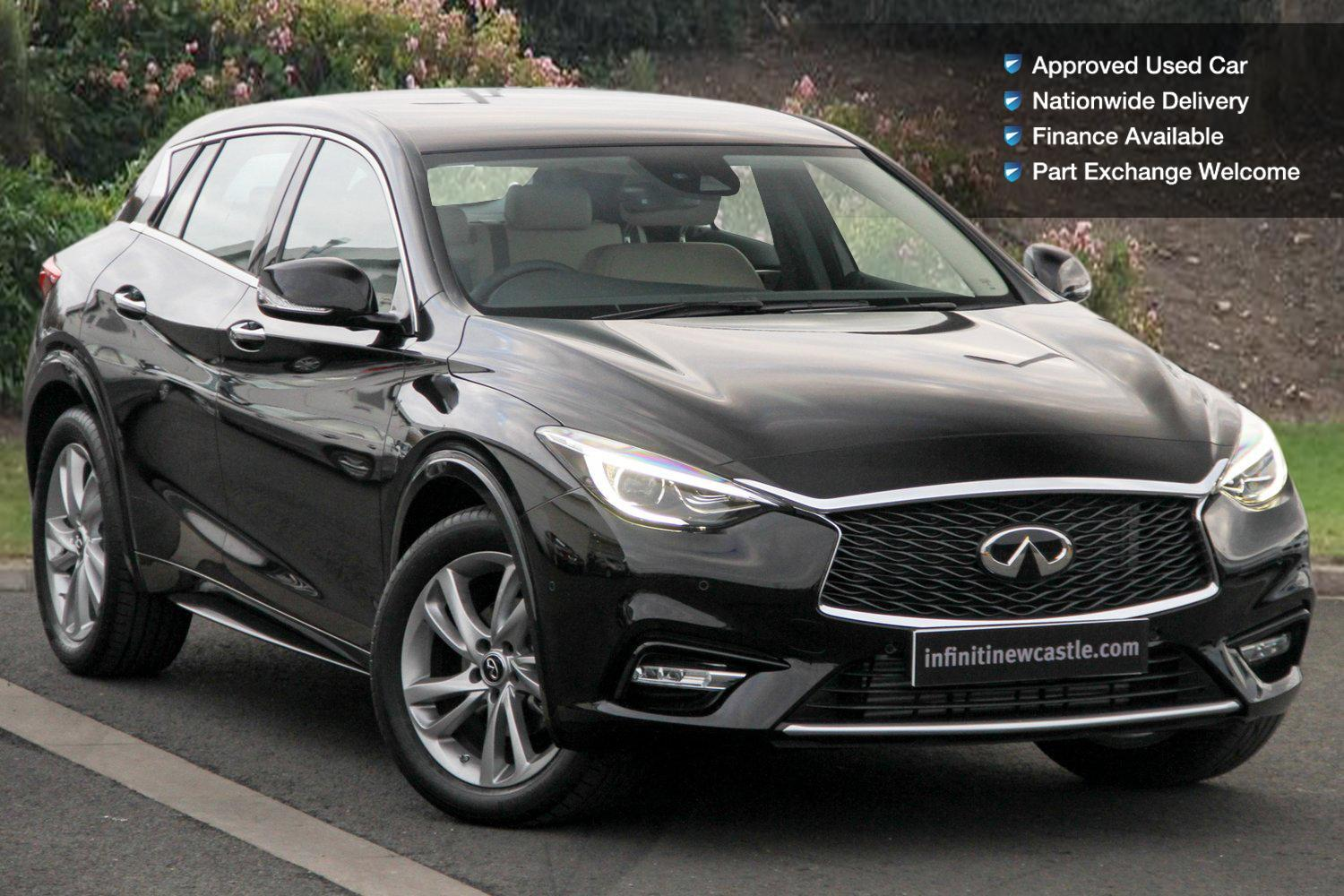 used infiniti q30 1 6t premium tech 5dr petrol hatchback for sale bristol street motors. Black Bedroom Furniture Sets. Home Design Ideas