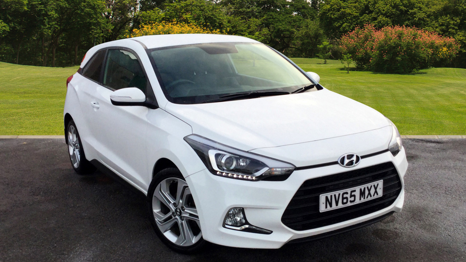 used hyundai i20 1 2 blue drive sport 3dr petrol hatchback. Black Bedroom Furniture Sets. Home Design Ideas