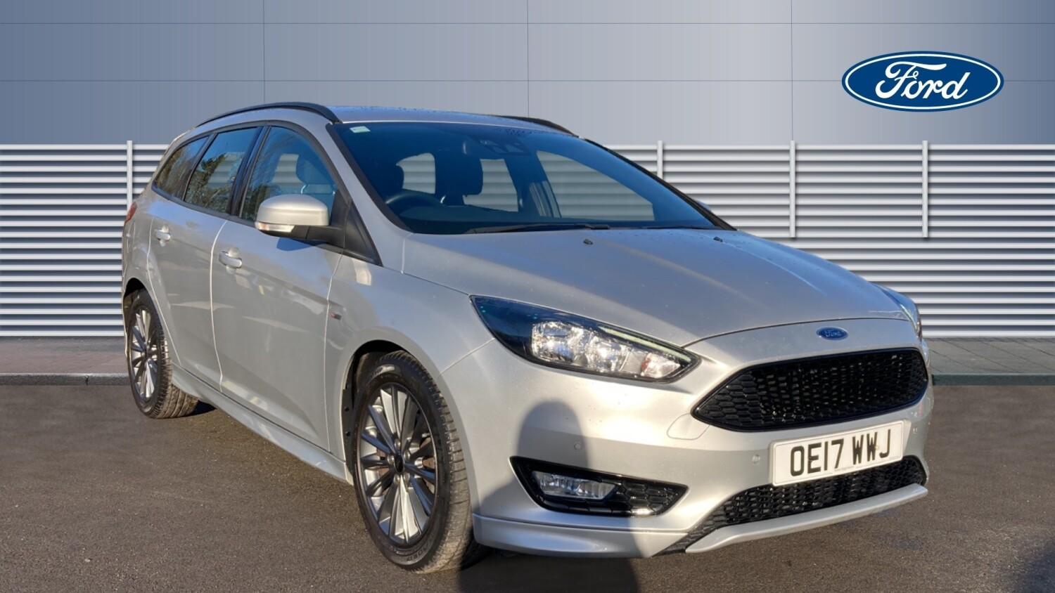 used ford focus 1 0 ecoboost 125 st line 5dr auto petrol estate for sale bristol street motors. Black Bedroom Furniture Sets. Home Design Ideas