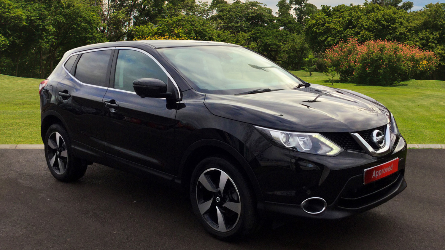 used nissan qashqai 1 2 dig t n tec 5dr petrol hatchback for sale bristol street motors. Black Bedroom Furniture Sets. Home Design Ideas