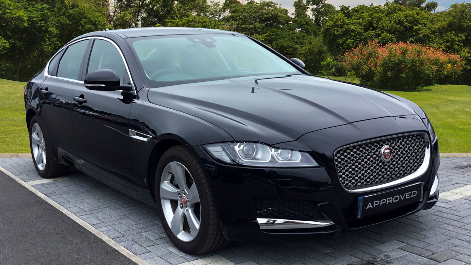 used jaguar xf 2 0d 180 portfolio 4dr auto diesel saloon for sale bristol street motors. Black Bedroom Furniture Sets. Home Design Ideas