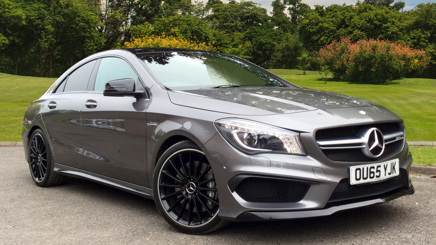 used mercedes amg cla cla 45 381 4matic 4dr tip auto petrol saloon for sale bristol street. Black Bedroom Furniture Sets. Home Design Ideas