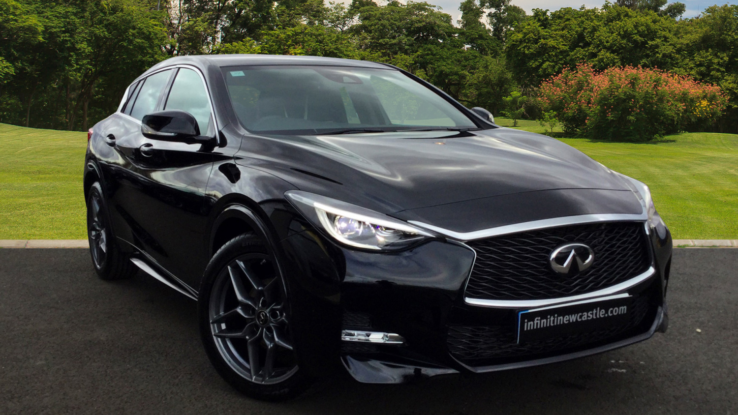 used infiniti q30 1 5d sport 5dr diesel hatchback for sale. Black Bedroom Furniture Sets. Home Design Ideas