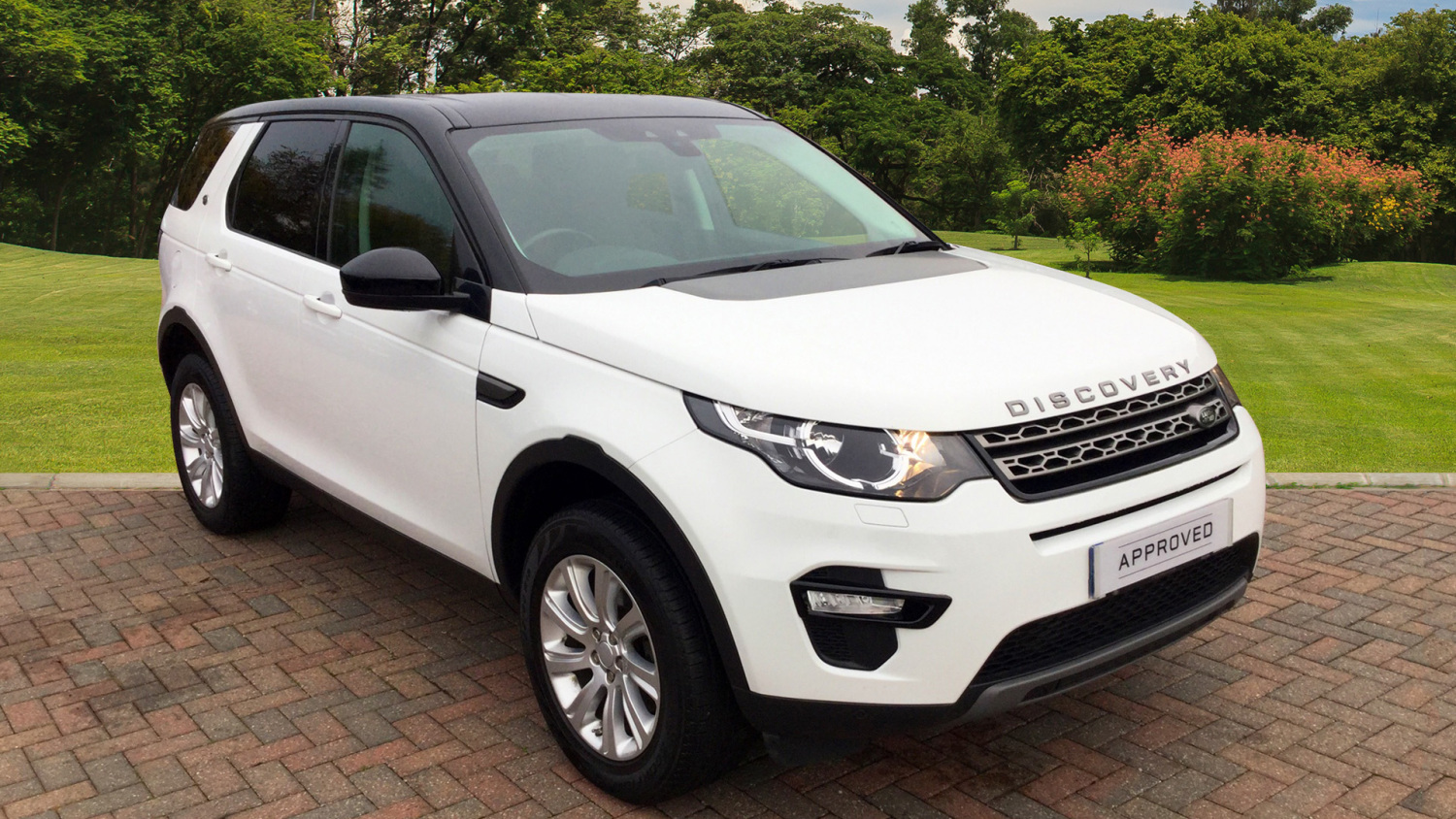 used land rover discovery sport 2 2 sd4 se tech 5dr diesel station wagon for sale bristol. Black Bedroom Furniture Sets. Home Design Ideas