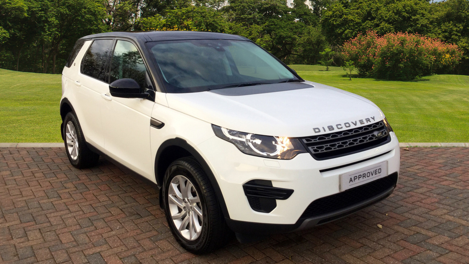 used land rover discovery sport 2 0 td4 180 se 5dr auto. Black Bedroom Furniture Sets. Home Design Ideas