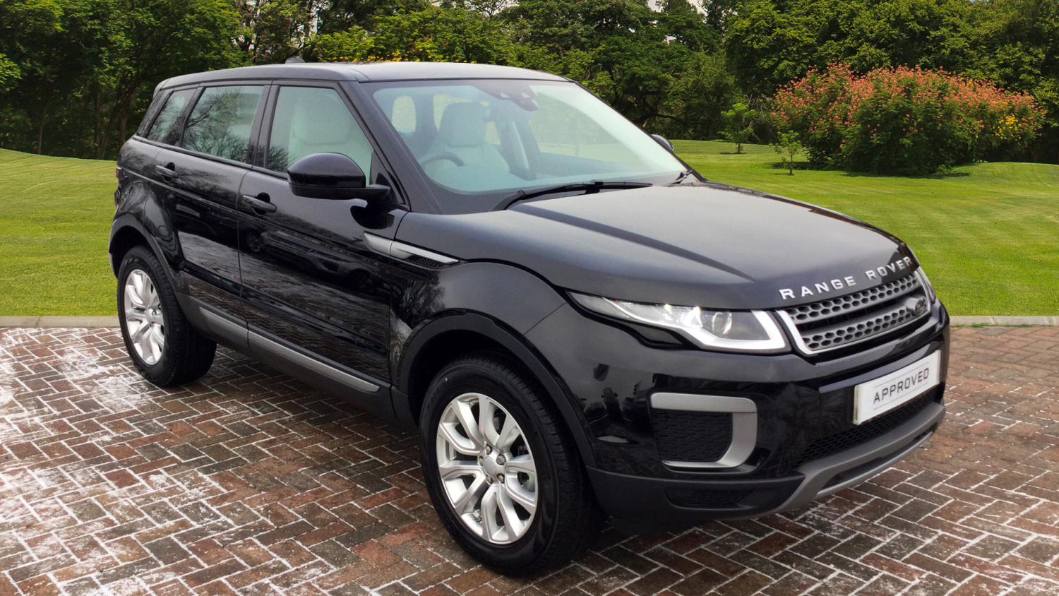 used land rover range rover evoque 2 0 ed4 se 5dr 2wd diesel hatchback for sale bristol street. Black Bedroom Furniture Sets. Home Design Ideas