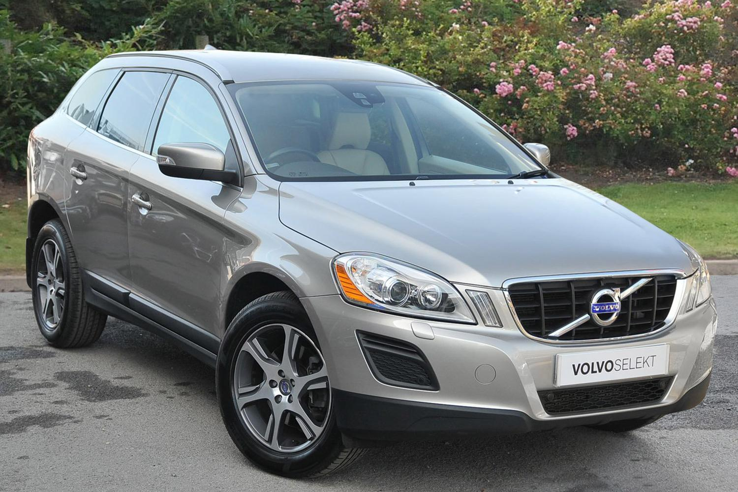 Used Volvo Xc60 D5 215 Se Lux 5dr Awd Geartronic Diesel