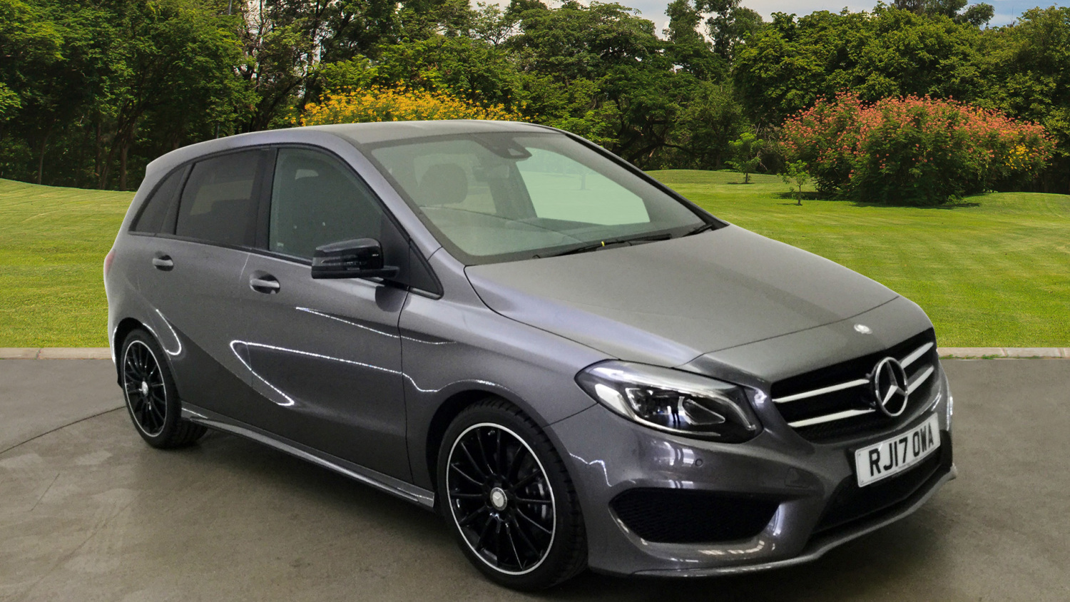 used mercedes benz b class b180d amg line 5dr auto diesel hatchback for sale bristol street motors. Black Bedroom Furniture Sets. Home Design Ideas