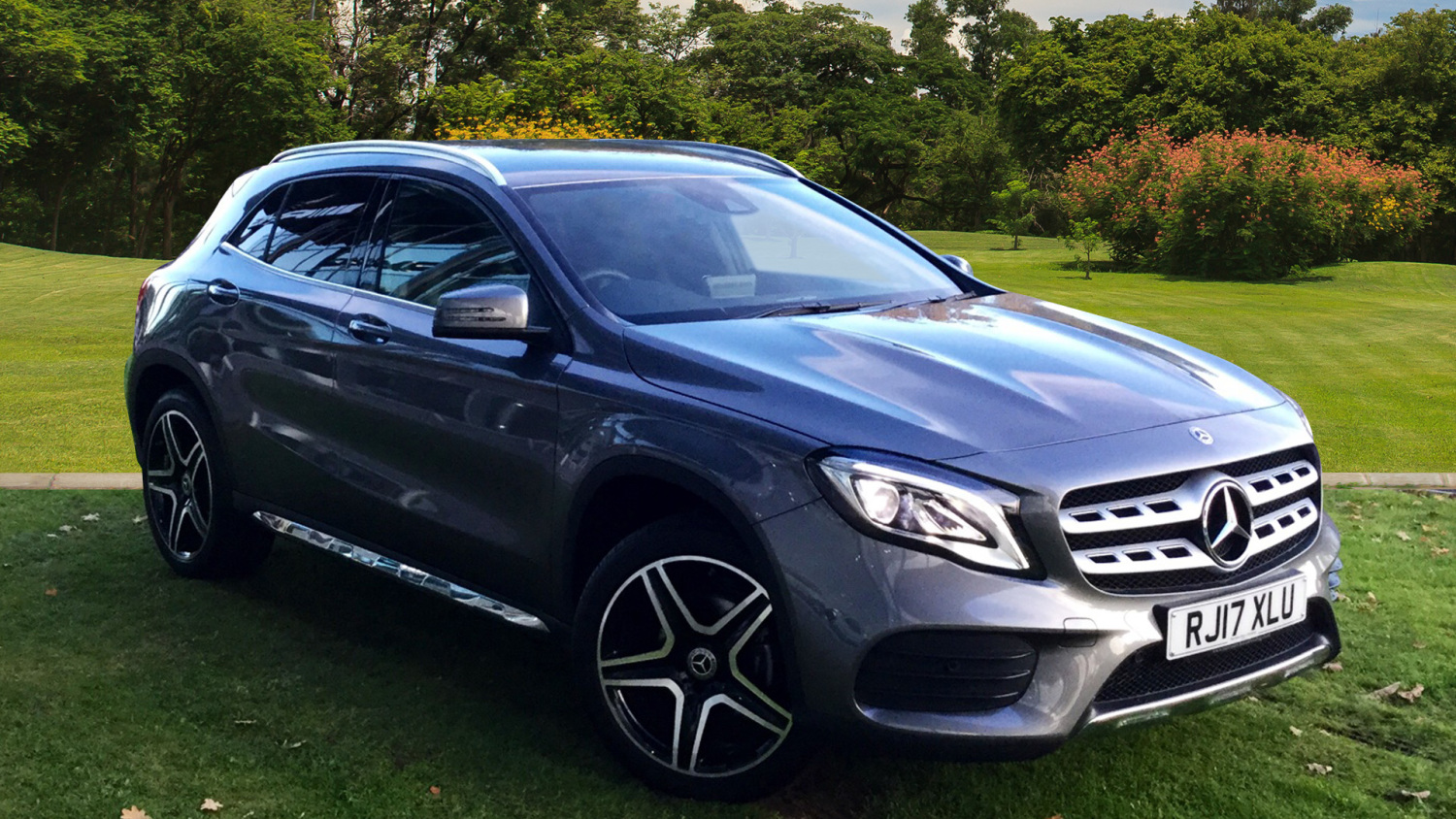 used mercedes benz gla gla 200 amg line premium 5dr auto. Black Bedroom Furniture Sets. Home Design Ideas