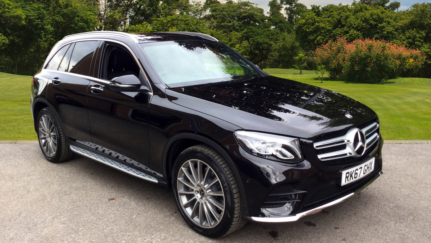 used mercedes benz glc glc 220d 4matic amg line premium 5dr 9g tronic diesel estate for sale. Black Bedroom Furniture Sets. Home Design Ideas