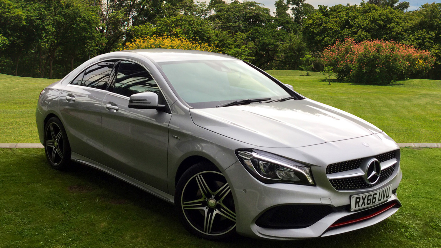 Used mercedes benz cla cla 250 amg 4dr petrol saloon for for Mercedes benz cla 250 mpg