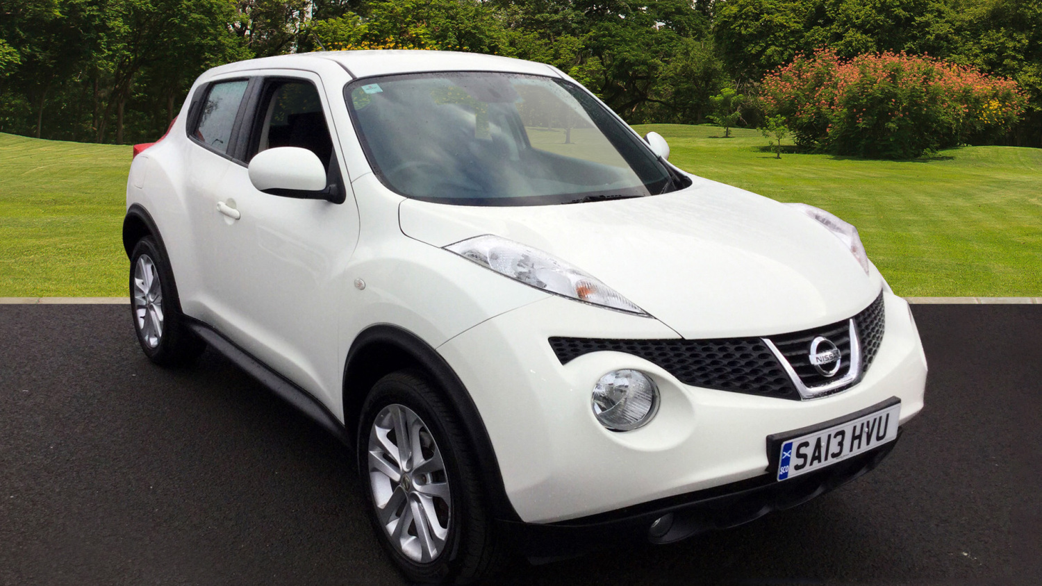 used nissan juke 1 6 acenta 5dr petrol hatchback for sale bristol street motors. Black Bedroom Furniture Sets. Home Design Ideas