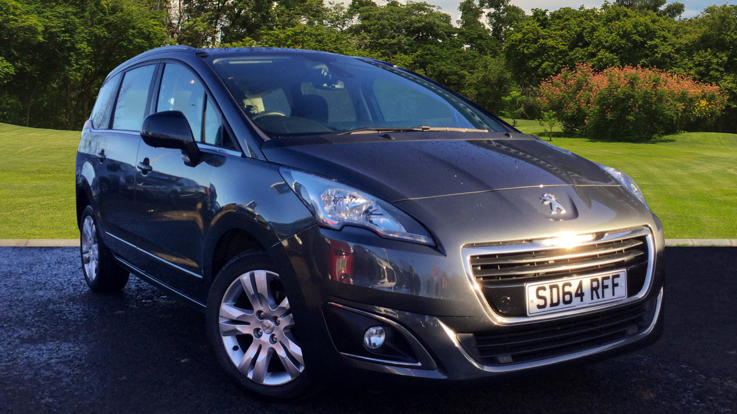 used peugeot 5008 1 6 hdi active 5dr diesel estate for. Black Bedroom Furniture Sets. Home Design Ideas