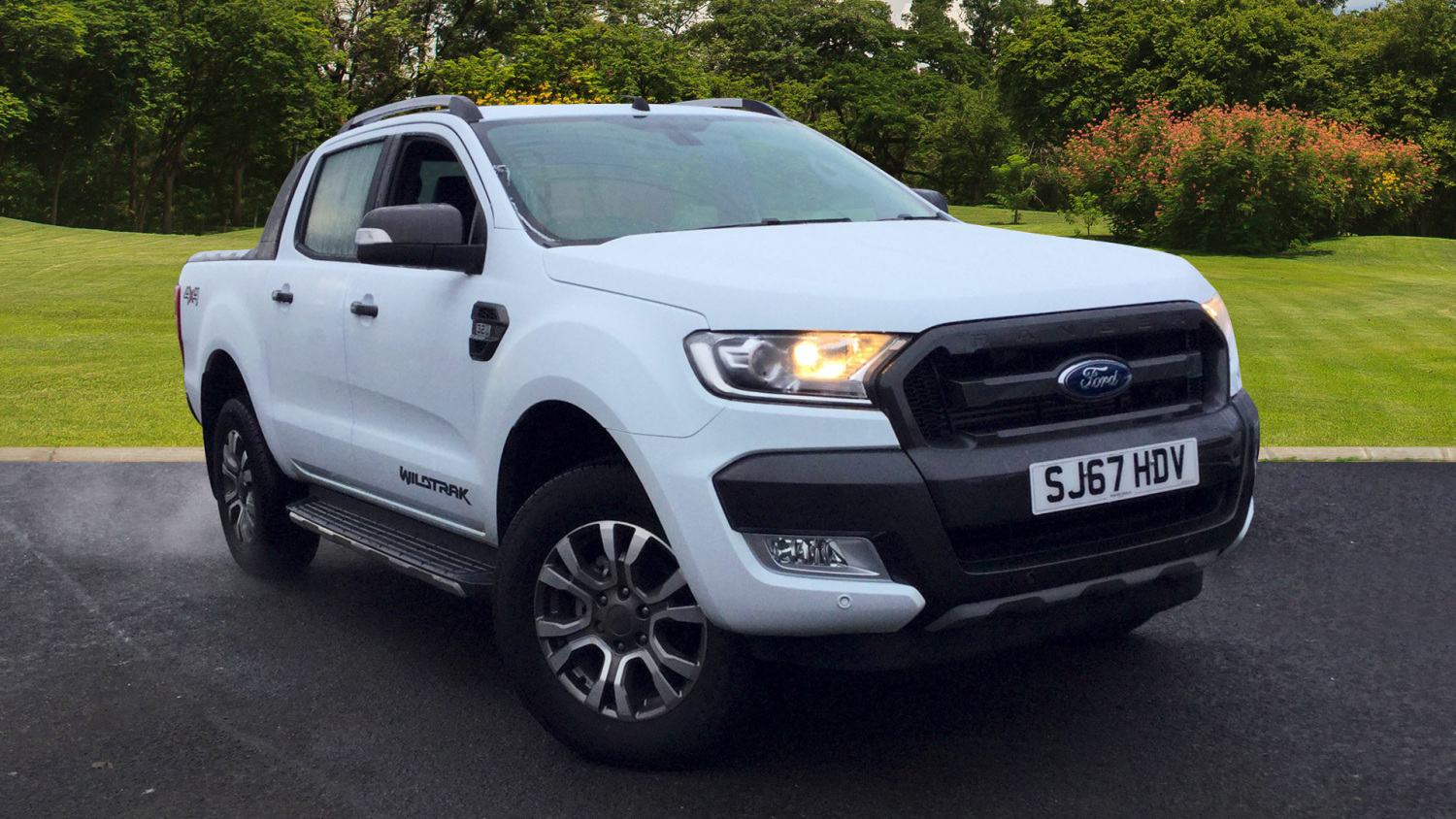 used ford ranger diesel pick up double cab wildtrak 3 2 tdci 200 auto for sale bristol street. Black Bedroom Furniture Sets. Home Design Ideas