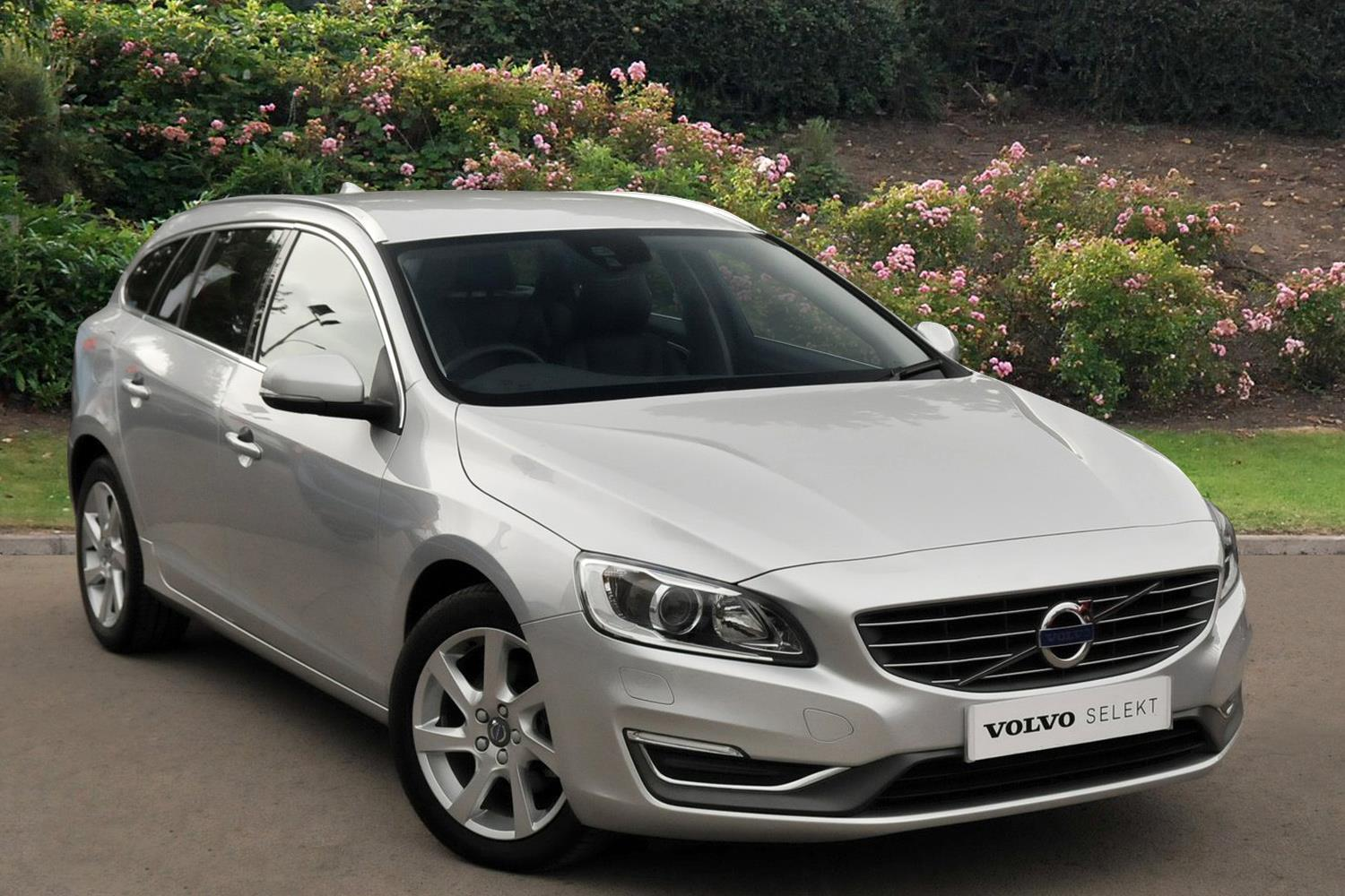 used volvo v60 d4 181 se lux nav 5dr geartronic diesel estate for sale bristol street motors. Black Bedroom Furniture Sets. Home Design Ideas
