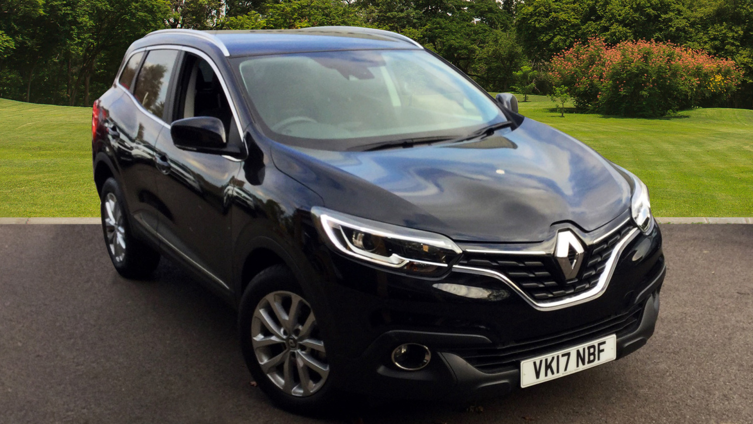 used renault kadjar 1 6 dci dynamique nav 5dr 4wd diesel hatchback for sale bristol street motors. Black Bedroom Furniture Sets. Home Design Ideas