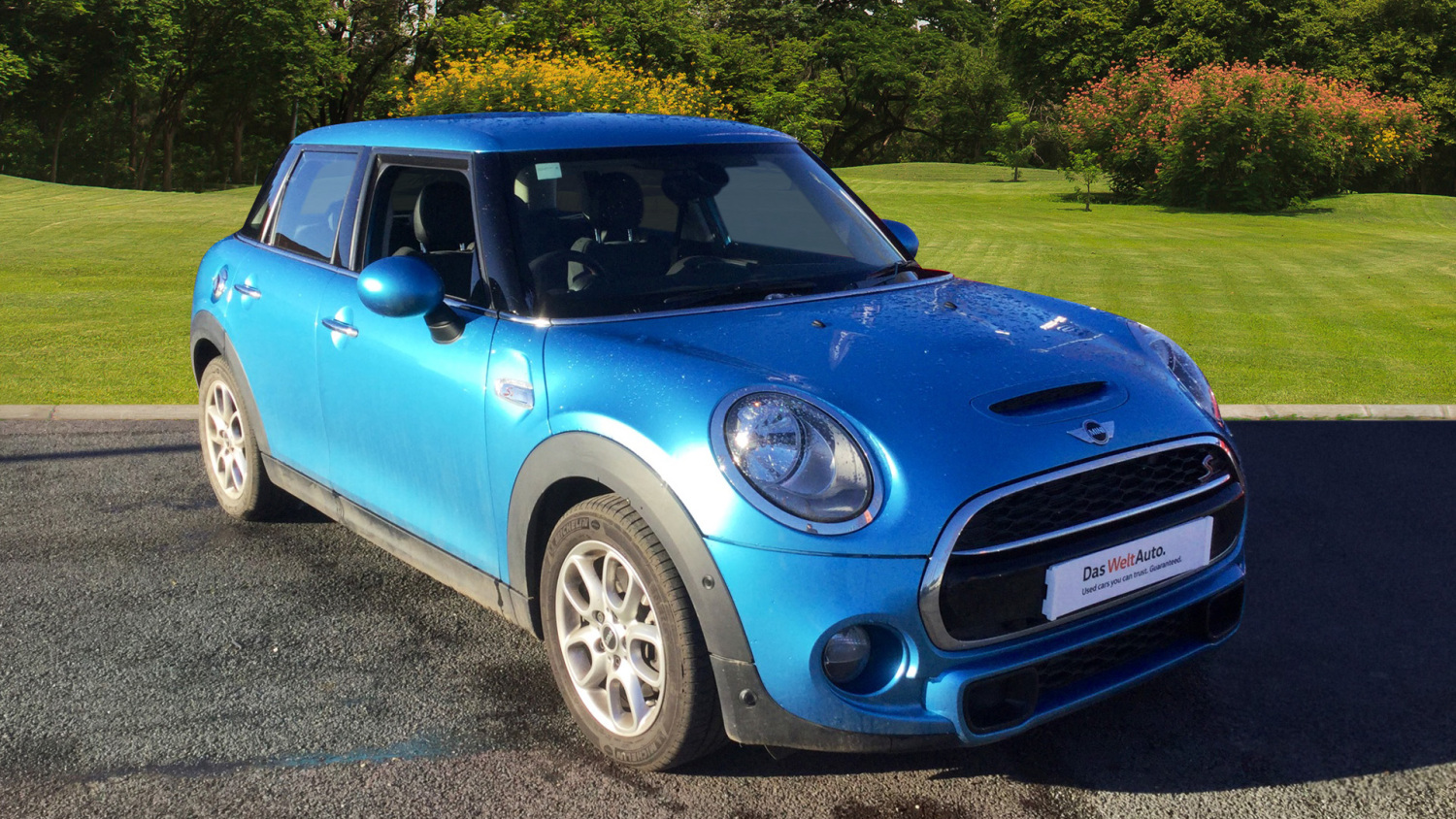 buy online mini hatchback 2 0 cooper s 5dr auto chili pack petrol hatchback for sale bristol. Black Bedroom Furniture Sets. Home Design Ideas