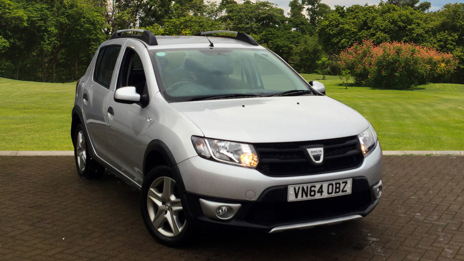 used dacia sandero stepway 1 5 dci ambiance 5dr diesel. Black Bedroom Furniture Sets. Home Design Ideas