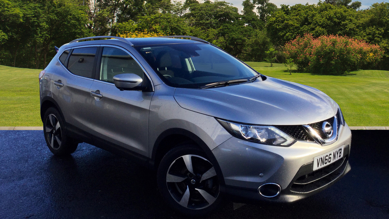 used nissan qashqai 1 5 dci n connecta comfort pack 5dr diesel hatchback for sale bristol. Black Bedroom Furniture Sets. Home Design Ideas