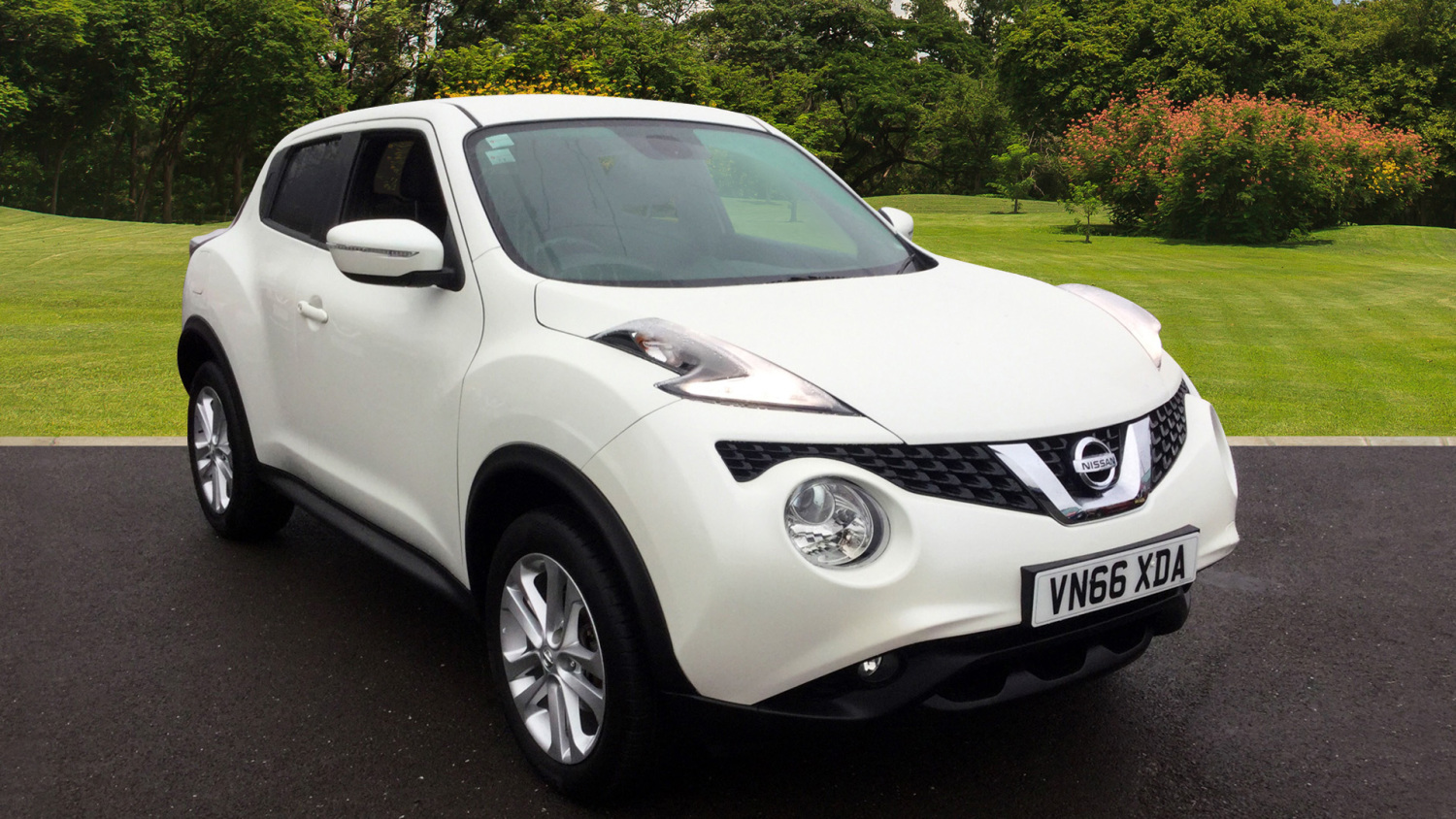 buy online nissan juke 1 5 dci n connecta 5dr diesel hatchback for sale bristol street motors. Black Bedroom Furniture Sets. Home Design Ideas