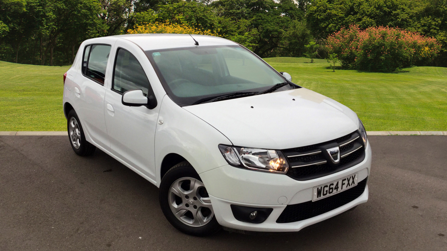 used dacia sandero 1 5 dci laureate 5dr diesel hatchback. Black Bedroom Furniture Sets. Home Design Ideas