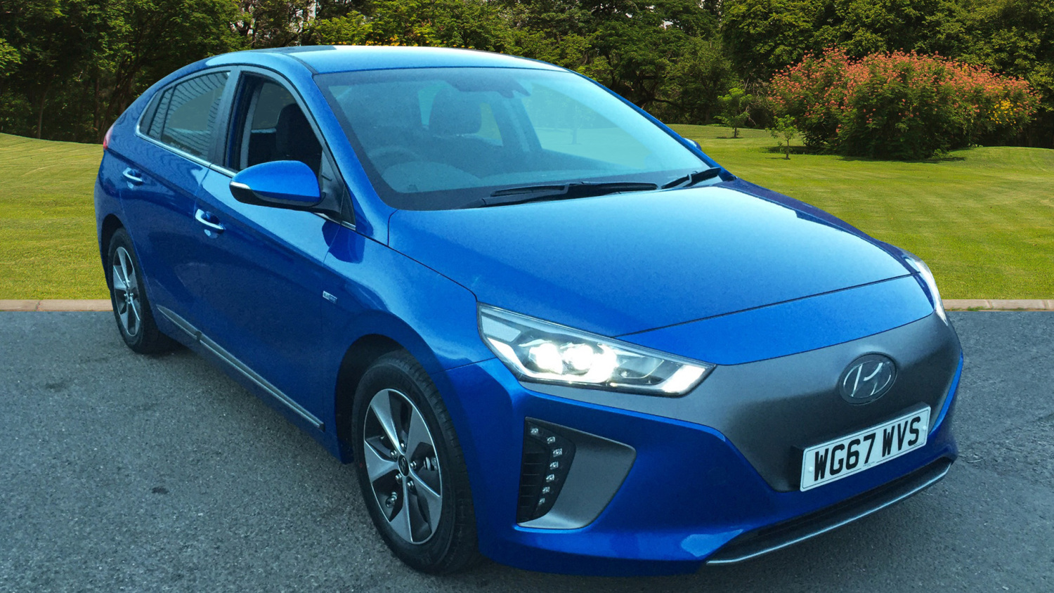 used hyundai ioniq electric premium 5dr auto electric hatchback for sale bristol street motors. Black Bedroom Furniture Sets. Home Design Ideas