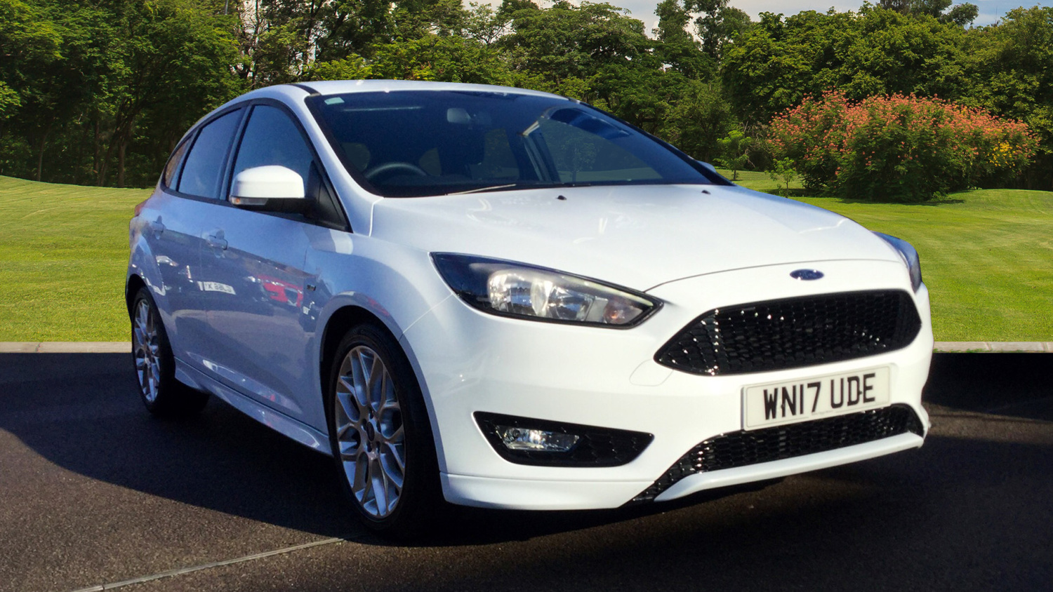 used ford focus 1 0 ecoboost 125 st line 5dr auto petrol. Black Bedroom Furniture Sets. Home Design Ideas