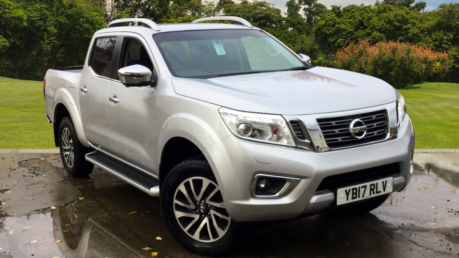 used nissan navara diesel double cab pick up tekna 2 3dci 190 4wd for sale bristol street motors. Black Bedroom Furniture Sets. Home Design Ideas