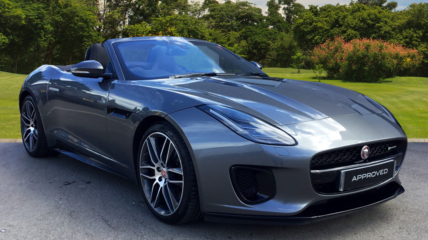 used jaguar f type 3 0 380 supercharged v6 r dynamic 2dr auto petrol convertible for sale. Black Bedroom Furniture Sets. Home Design Ideas