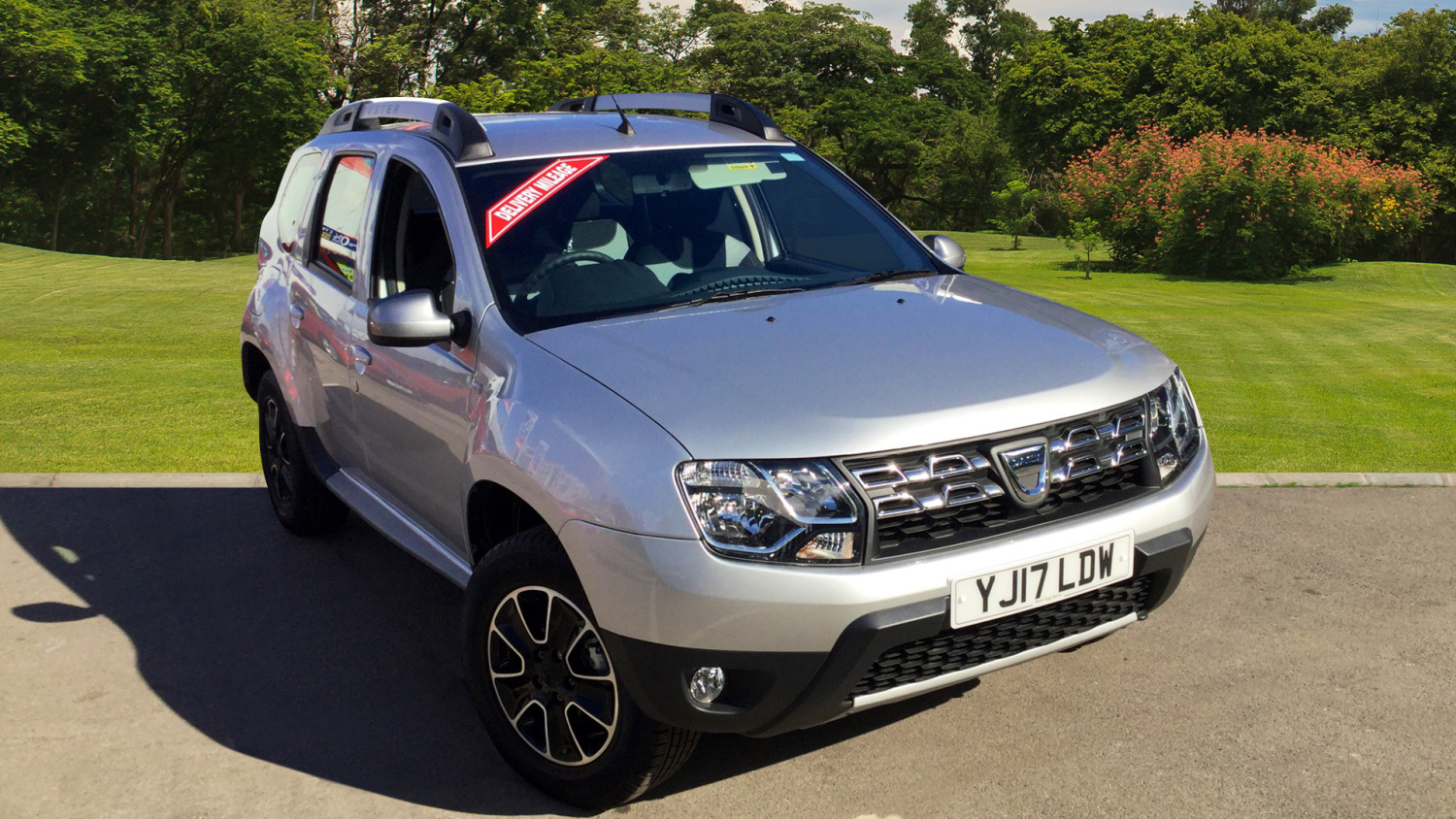 used dacia duster 1 5 dci 110 prestige 5dr diesel estate. Black Bedroom Furniture Sets. Home Design Ideas