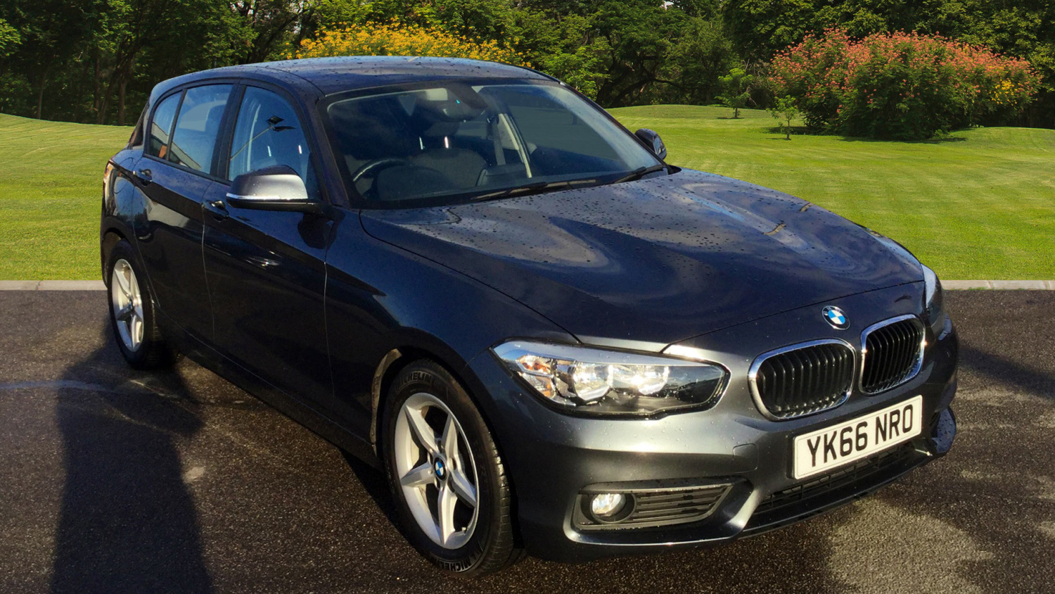 used bmw 1 series 116d efficientdynamics plus 5dr diesel. Black Bedroom Furniture Sets. Home Design Ideas