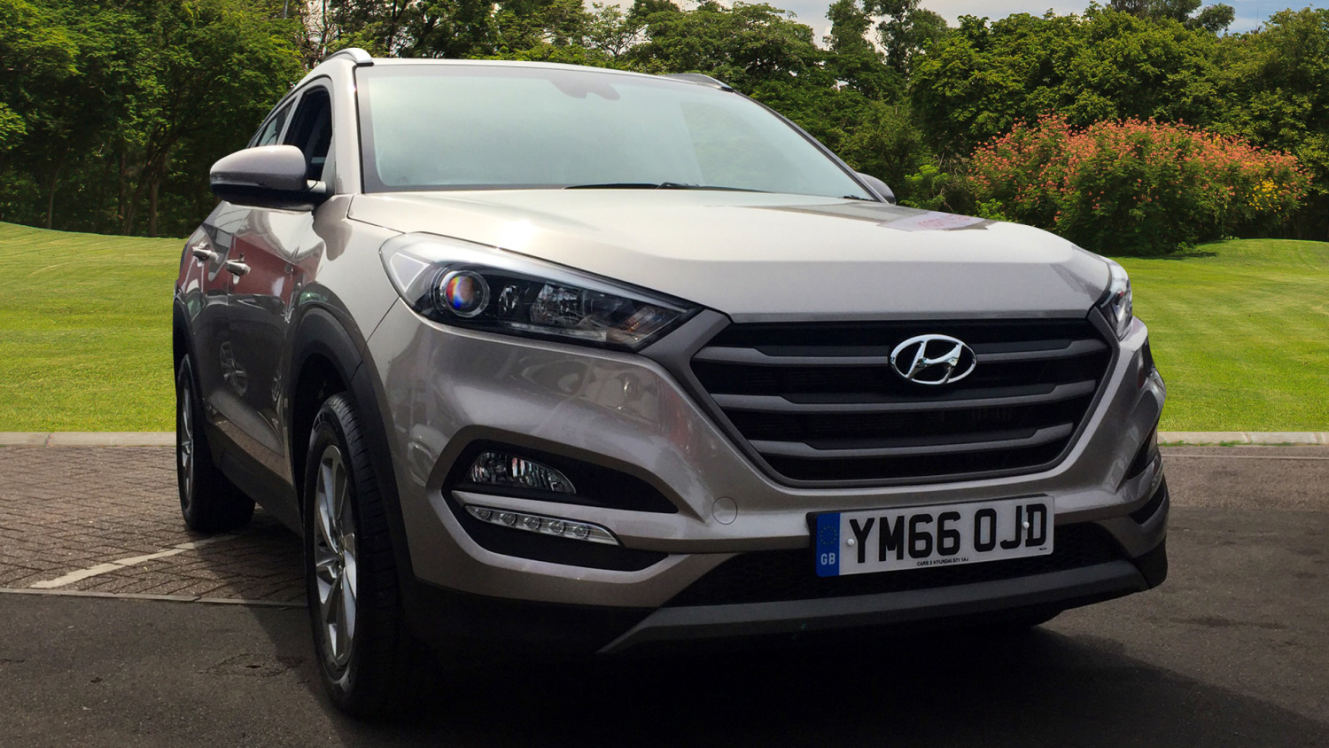Used hyundai tucson 1 7 crdi blue drive se 5dr 2wd dct for Hyundai motor finance number