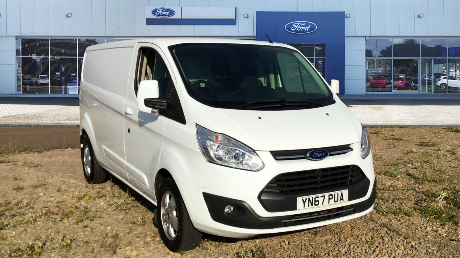 c899bae09a Used Ford Transit Custom 290 Lwb Diesel Fwd 2.0 TDCi 130ps Low Roof D Cab  Limited Van for Sale