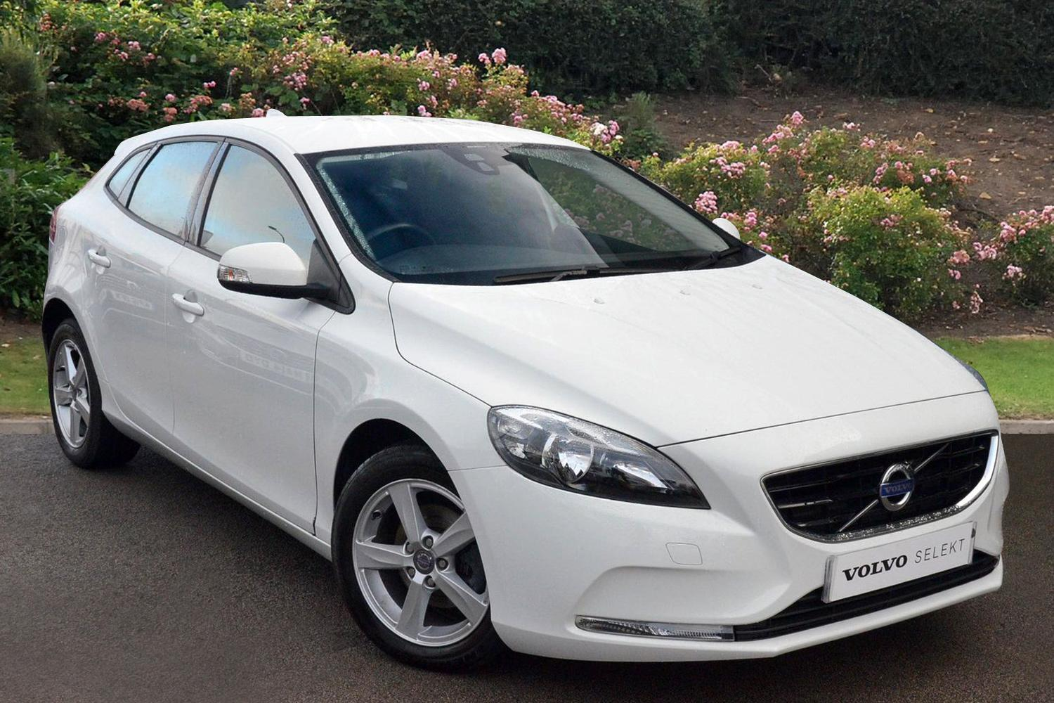 used volvo v40 d2 es 5dr diesel hatchback for sale. Black Bedroom Furniture Sets. Home Design Ideas