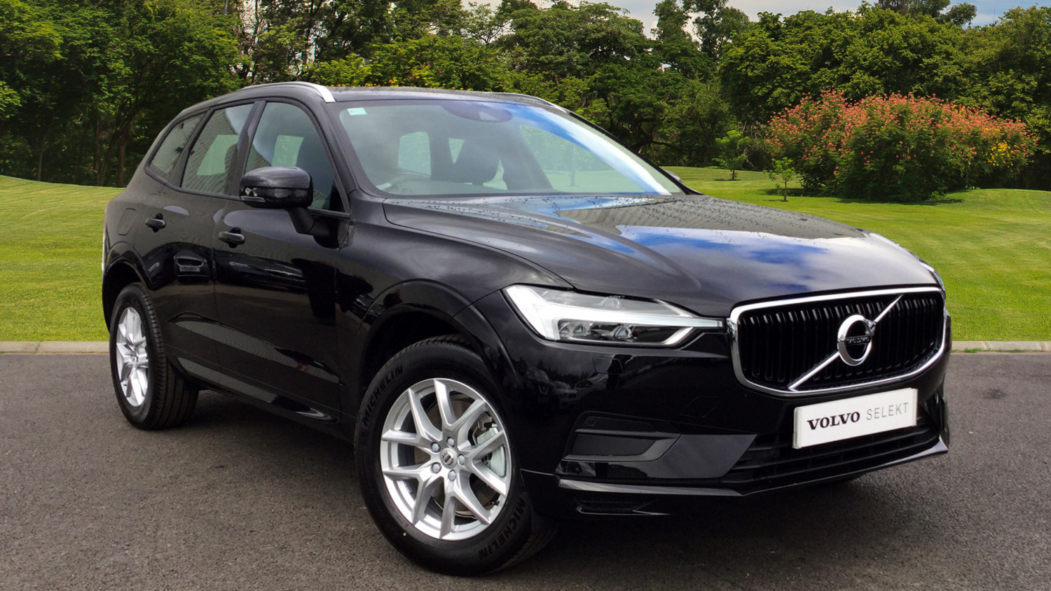 used volvo xc60 2 0 d4 momentum 5dr awd geartronic diesel. Black Bedroom Furniture Sets. Home Design Ideas