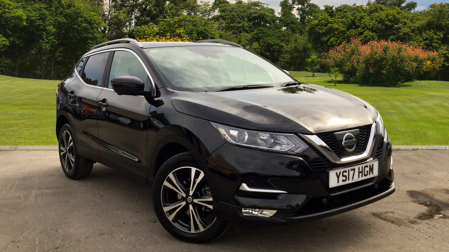 used nissan qashqai 1 5 dci n connecta glass roof pack. Black Bedroom Furniture Sets. Home Design Ideas