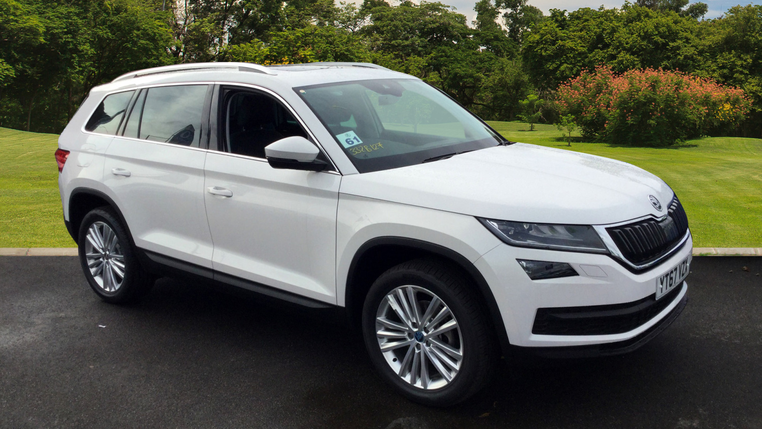 used skoda kodiaq 1 4 tsi 150 edition 4x4 5dr dsg 7 seat petrol estate for sale bristol. Black Bedroom Furniture Sets. Home Design Ideas