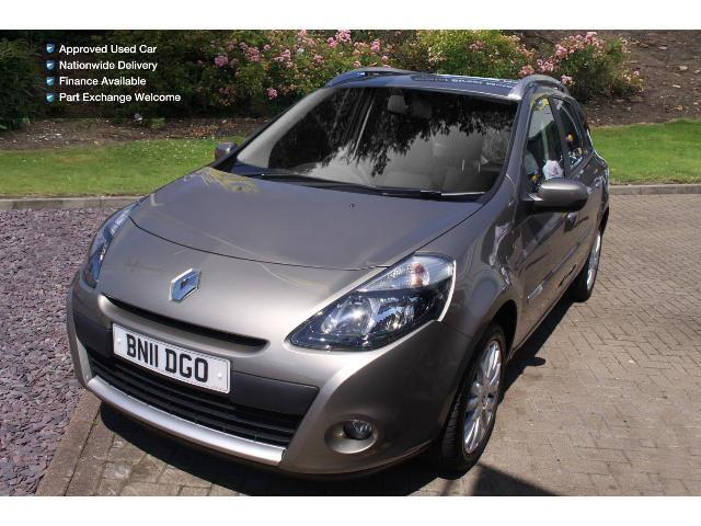 used renault clio 1 5 dci 88 dynamique tomtom 5dr diesel estate for sale bristol street motors. Black Bedroom Furniture Sets. Home Design Ideas