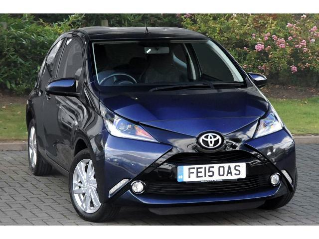 used toyota aygo 1 0 vvt i x pression 3dr petrol hatchback. Black Bedroom Furniture Sets. Home Design Ideas
