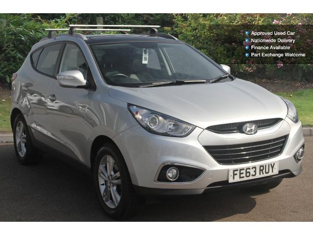 used hyundai ix35 1 7 crdi premium 5dr media pack 2wd diesel estate for sale bristol street. Black Bedroom Furniture Sets. Home Design Ideas