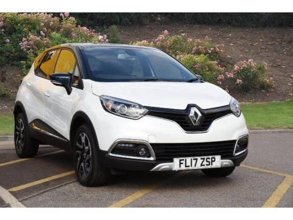 used renault captur 1 5 dci 110 iconic ii nav 5dr diesel hatchback for sale bristol street motors. Black Bedroom Furniture Sets. Home Design Ideas