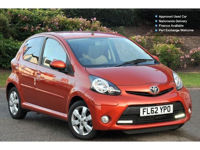 used toyota aygo 1 0 vvt i fire 5dr petrol hatchback for. Black Bedroom Furniture Sets. Home Design Ideas