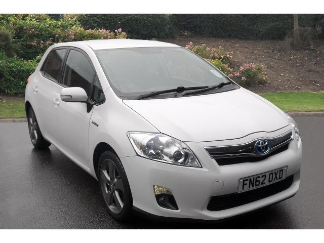 used toyota auris 1 8 vvti hybrid t4 5dr cvt auto 89g km hybrid hatchback for sale bristol. Black Bedroom Furniture Sets. Home Design Ideas
