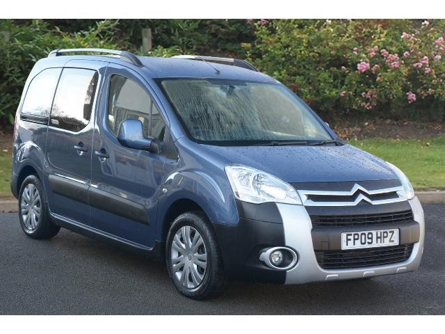 enquire on a used citroen berlingo multispace 1 6 hdi 90 xtr 5dr diesel estate bristol street. Black Bedroom Furniture Sets. Home Design Ideas