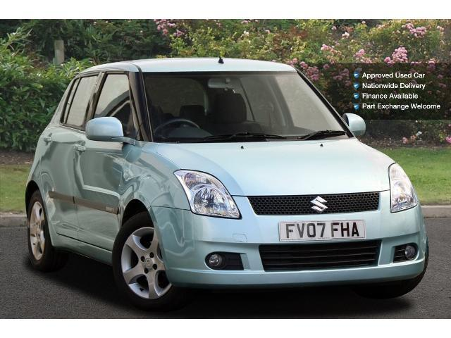 used suzuki swift 1 5 glx 5dr petrol hatchback for sale bristol street motors. Black Bedroom Furniture Sets. Home Design Ideas