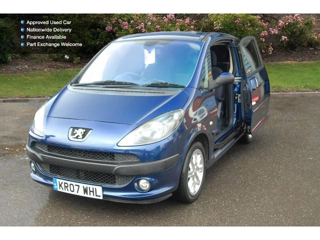 used peugeot 1007 1 6 sport 3dr 2 tronic petrol hatchback for sale bristol street motors. Black Bedroom Furniture Sets. Home Design Ideas